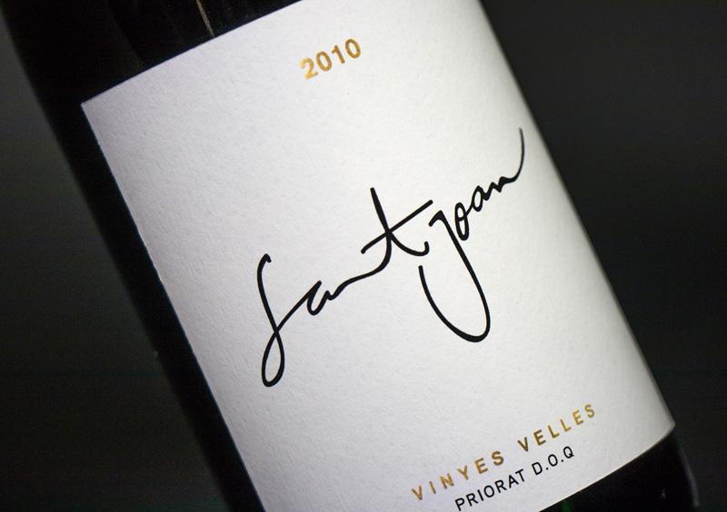 Packaging de Vinos. Marta Lladó, Laura Planas y Mireia Ordeix. Máster en Diseño de packaging ELISAVA, 2014-2015